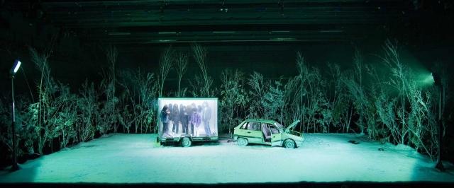 PHILIPPE QUESNE / VIVARIUM STUDIO LA MÉLANCOLIE DES DRAGONS / centre Pompidou / 14/04/2009